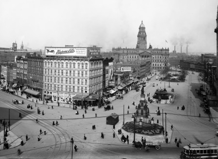 Detroit Cadillac Square btw 1910 and 1920